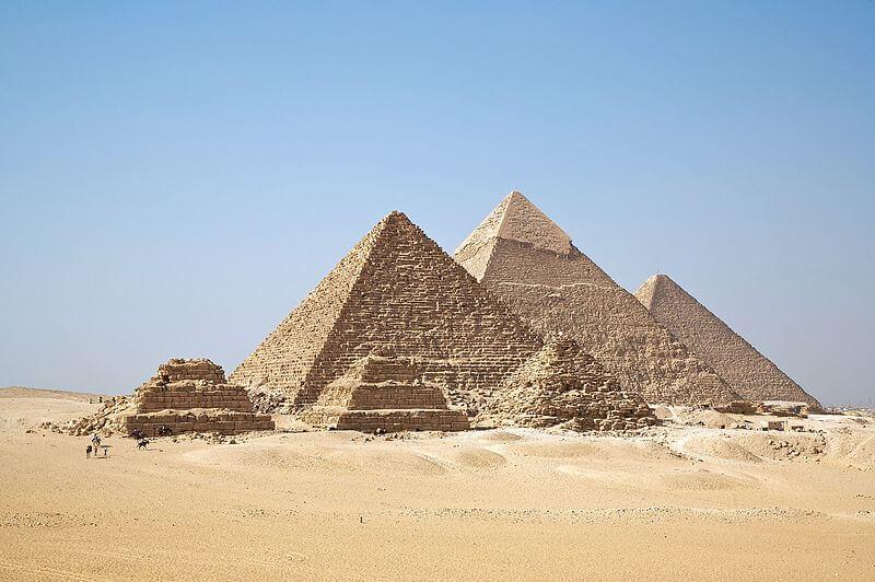 3大ピラミッドの画像