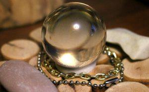 水晶玉の画像