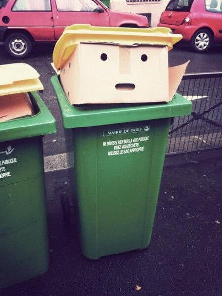 トランプ大統領そっくりなゴミ箱