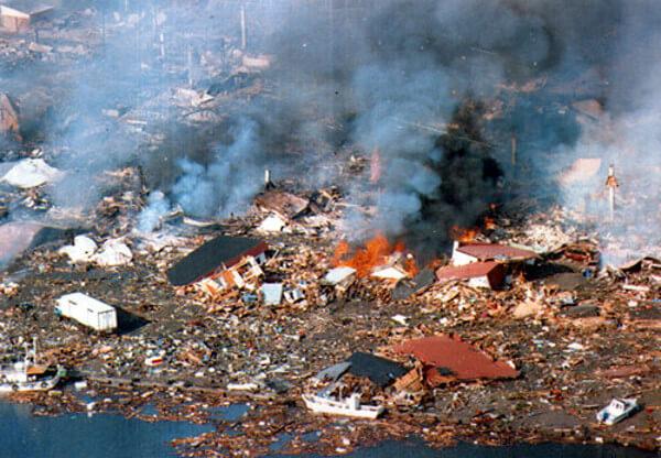 北海道南西沖地震の被害状況