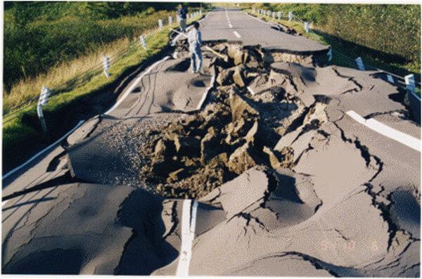 北海道東方沖地震の被害状況