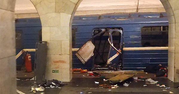 ロシアの列車爆発事件の画像