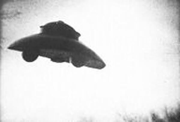 アダムスキー型UFOの画像