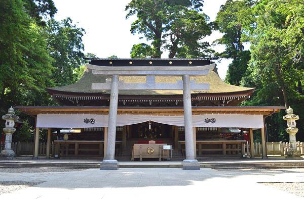 鹿島神宮 拝殿の写真