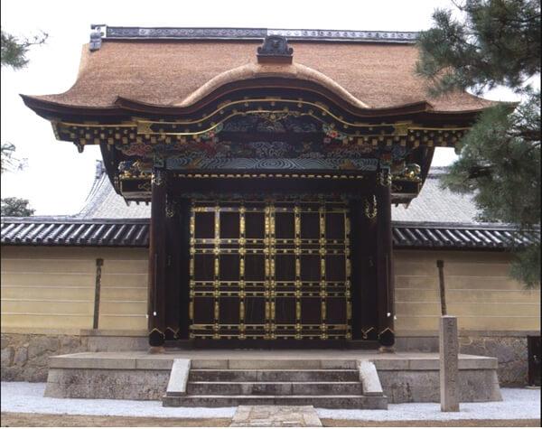 大徳寺の唐門の画像