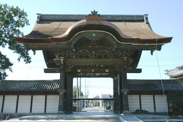 高田本山専修寺唐門の画像