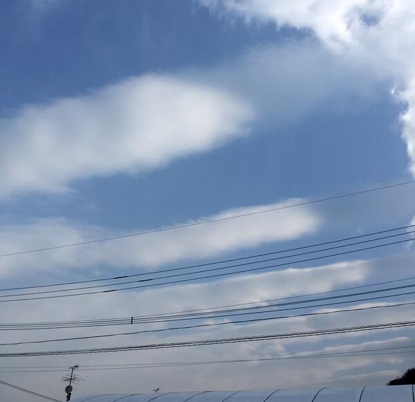 地震雲の投稿画像