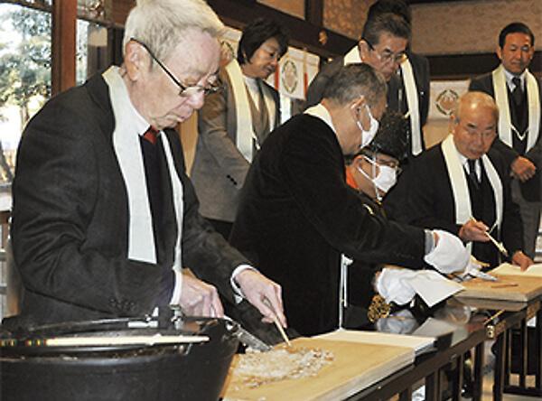 平塚八幡宮の粥占いの写真