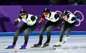 日本女子チームパシュートの写真