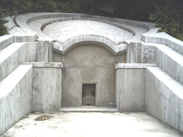 亀甲墓の写真