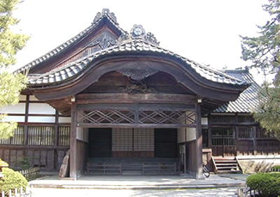 上級武家屋敷の長屋門の写真