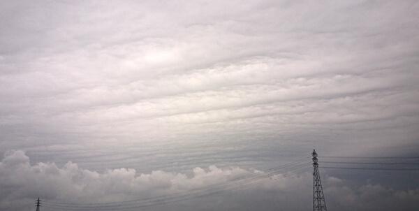 地震雲の投稿写真