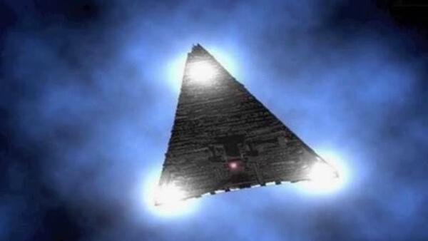 UFO(トライアングル型)のイラスト