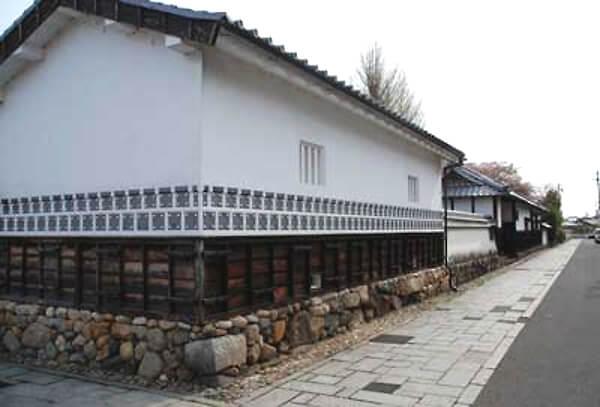 三重県亀山の街並みの写真