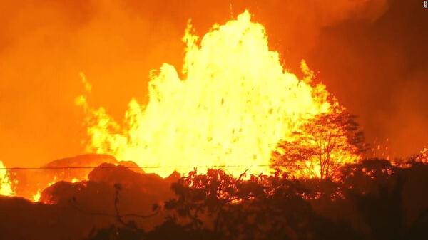 キラウエア火山の噴火の写真(5月23日)