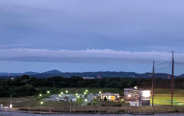 前兆現象]みなさんが撮影した地震雲【2018年6月号】号外その4