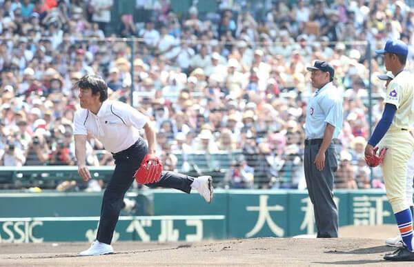 松井秀喜さんの始球式の写真