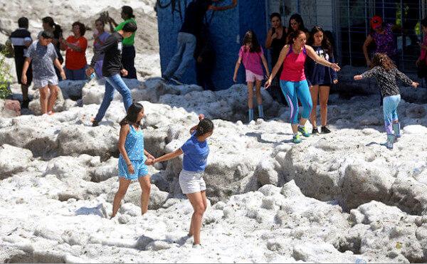 メキシコに降った「雹(ひょう)」の写真