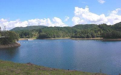 五桂池の写真