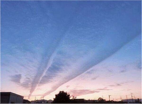 徳島市上空に出現した地震雲