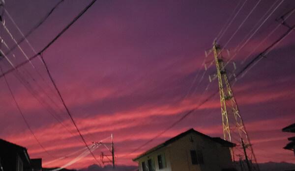 異常の赤い夕焼けの写真