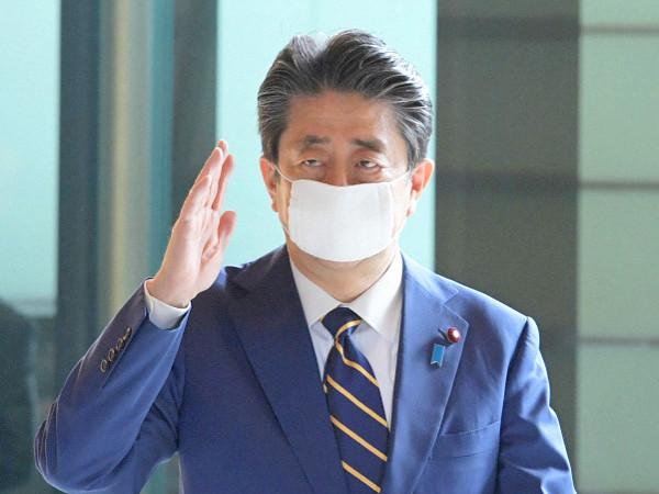 安倍総理大臣の写真