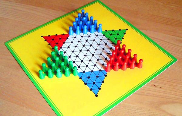 ダイヤモンドゲームの写真