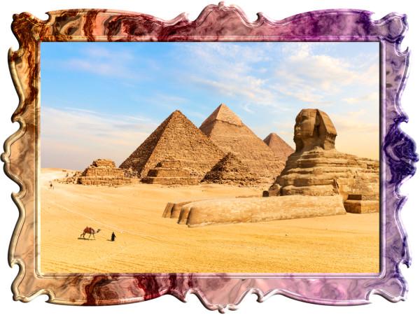 ピラミッドとスフィンスの写真
