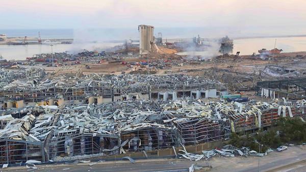 レバノンの爆発事故の現場写真