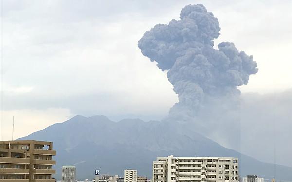 桜島噴火の写真